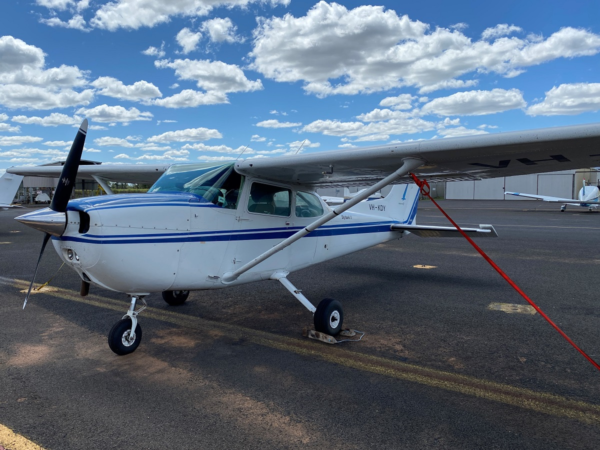 VH-KDY   Cessna 172N